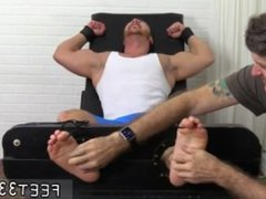 Homemade twinks vidz feet gay  super porn Wrestler Frey Finally Tickled