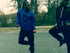 Black guy vidz found 12  super b**** on the street