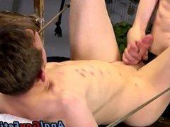 Free gay vidz porn twink  super shows big flaccid cock