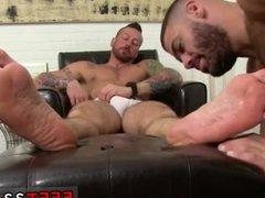 Cute boys vidz feet stink  super gay The adoring begins
