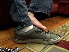 Gay twinks vidz feet cum  super first time A Well