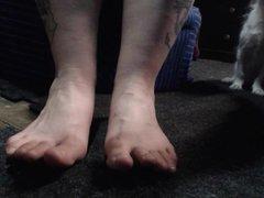 xmas eve vidz featuring adam's  super feet