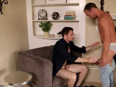 Shy dude vidz gets banged  super while on a therapy