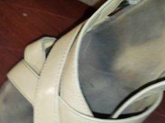 Cumming in vidz wifes sandals.