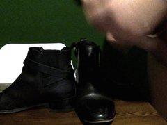 Cumming Girlfriend's vidz Ankle Boots