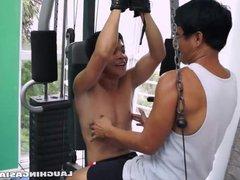 Asian Boy vidz Vahn Gets  super a Ticklish Workout