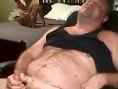Chunky daddy vidz stroking while  super puppy plays