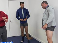 Suited hunk vidz buttfucks his  super colleague