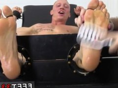 Cut emo vidz sex porno  super gay xxx Cristian Tickled