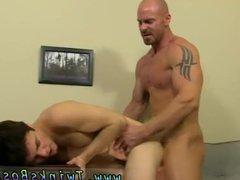 Gay hypnosis vidz twinks Mitch  super Vaughn is sick
