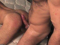 Hairy muscular vidz men having  super sex