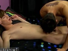 Guys trying vidz fuck themselves  super gay first time