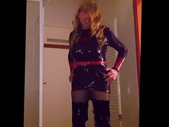 Purple Latex vidz Dress &  super Black Hooker Boots - Suleika Latex