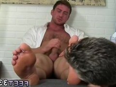 Pic of vidz men masturbating  super with their feet gay