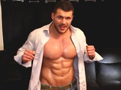 Ripped Muscle vidz Man Jerking  super Off In Jeans