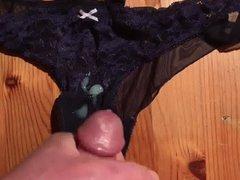 Cumming on vidz wife's panties  super 6