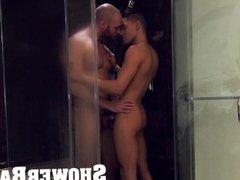 ShowerBait - vidz Str8 guy  super gets his tight ass fucked in the shower