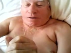 A gray-haired vidz old man  super sucking another man's cock