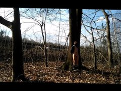 naked against vidz a tree