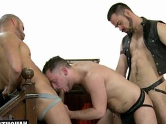 Big dick vidz wolf threesome  super with cumshot