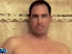 Showering Muscled vidz Hunk Mikey  super Mike