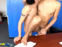 Cock Sucking vidz Office Latinos