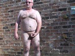Daddy backyard vidz solo