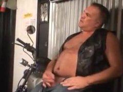 Biker Daddy vidz Solo