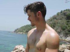 Horny at vidz the Beach