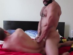 Muscle Bull vidz Gives Male  super Serious Ass Pounding