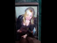 A girl vidz on a  super toilet cum tribute 29