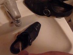 Piss in vidz wifes black  super buckle shoe