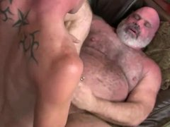 Hot daddy vidz bear gets  super fucked