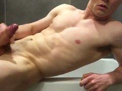 Sexy guy vidz cumming