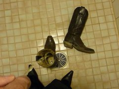 Piss in vidz wifes cowboy  super boots