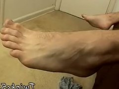 Pic of vidz light skin  super black mens feet gay xxx