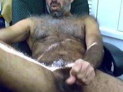 A very vidz hairy cock  super shoots a hot load