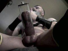 Horny Pump vidz on Desk