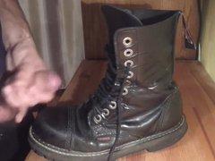 Cop Boots vidz Cum