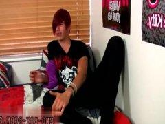 Tube site vidz gay emo  super Gorgeous, floppy-haired