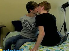 He loves vidz being doggy  super styled by his horny fucker in the bed