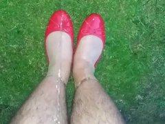 Piss in vidz red ballet  super flats