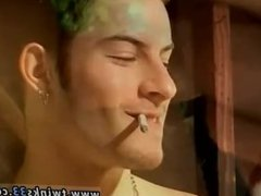 Boy and vidz gay sex  super hd xxx Garage Smoke
