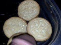 pee on vidz cookies