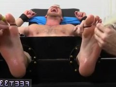 Pics of vidz boys sucking  super toes gay xxx Chance