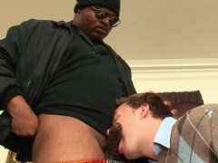 Black dude vidz with glasses  super gets his hot rod sucked by eager guy