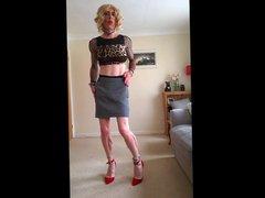 Showin of vidz new sexy  super skirt and crop top