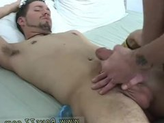 Amateur movieture vidz gay man  super body xxx He yells
