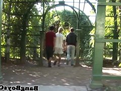Outdoor europeans vidz assfingering and  super jerking