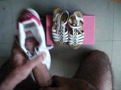 sperme sur vidz sandale blanche  super a fleures en cuir